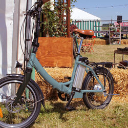 Juicy Bike COMPACT PLUS Folding Electric Bike ICE 1 Thumbnail